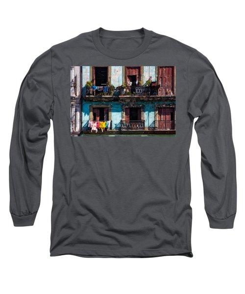 Wash Day On The Prado - Havana Long Sleeve T-Shirt