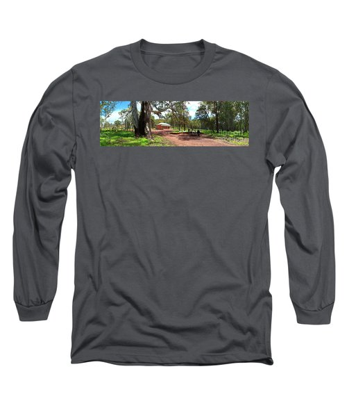 Wilpena Pound Homestead Long Sleeve T-Shirt by Bill Robinson