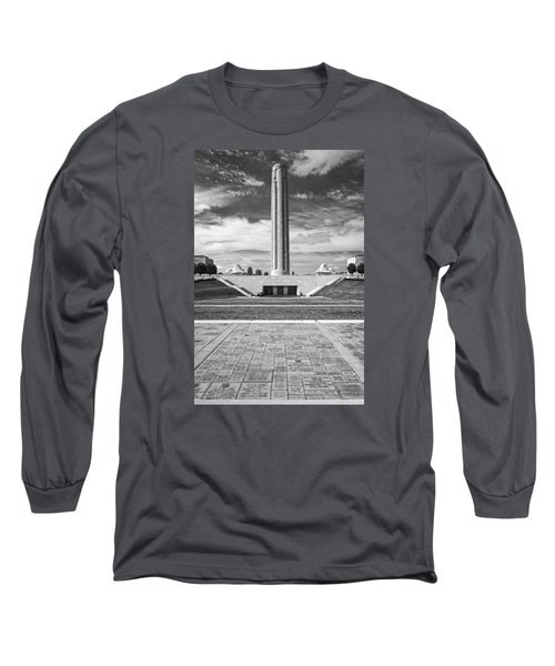 World War I Memorial And Museum Long Sleeve T-Shirt