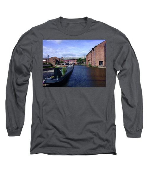 13/09/18  Manchester. Castlefields. The Bridgewater Canal. Long Sleeve T-Shirt