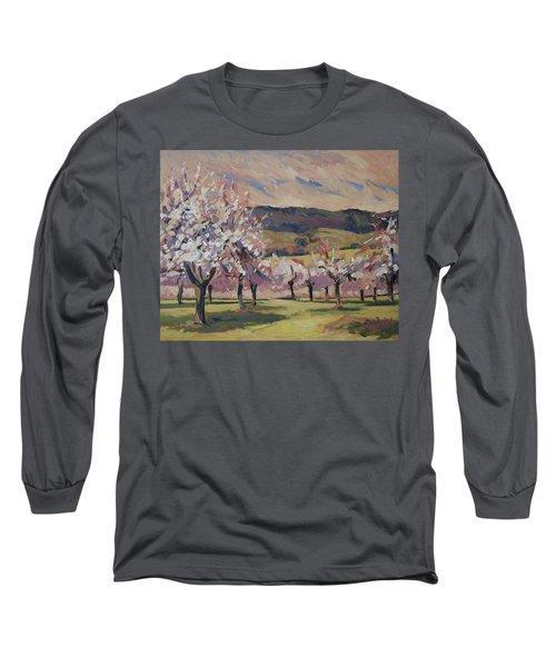 Apple Blossom Geuldal Long Sleeve T-Shirt