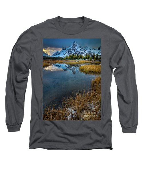 Assiniborne Tarn Dawn Long Sleeve T-Shirt
