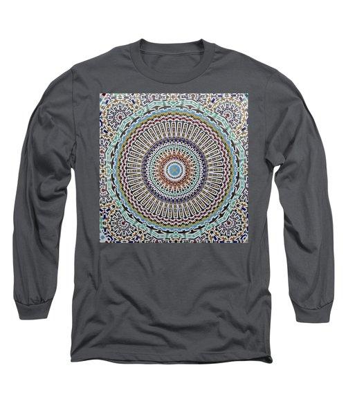Beautiful Infinity Desgn Mosaic Fountain Long Sleeve T-Shirt