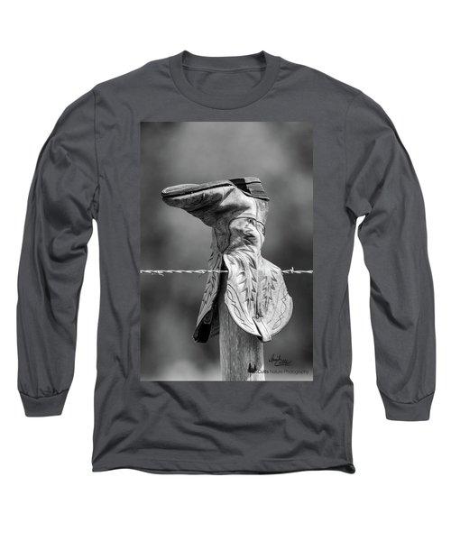 Boot Post Long Sleeve T-Shirt