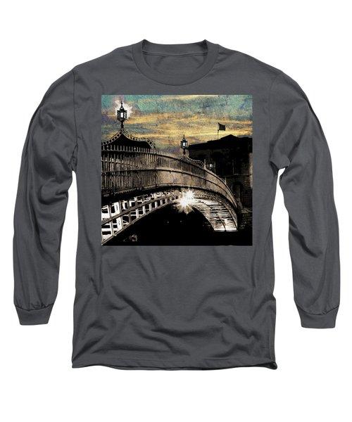 Bridge IIi Long Sleeve T-Shirt