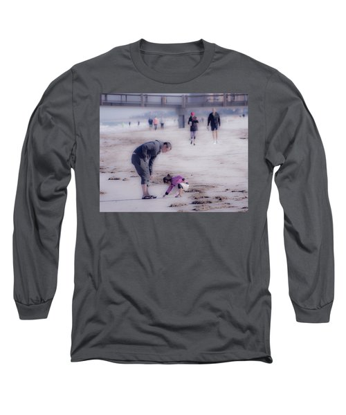 Clearwater Beachcombing Long Sleeve T-Shirt
