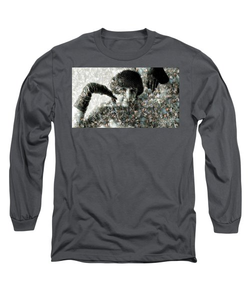 Cp In Black Gloves Long Sleeve T-Shirt
