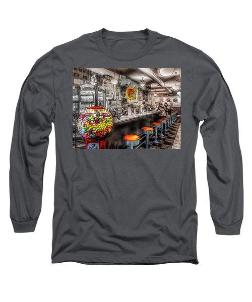 Della's Long Sleeve T-Shirt