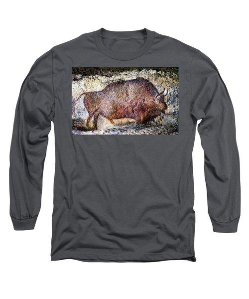 Font De Gaume Bison Long Sleeve T-Shirt