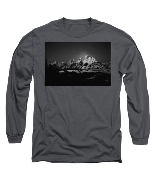 Full Moon Sets In The Tetons Long Sleeve T-Shirt