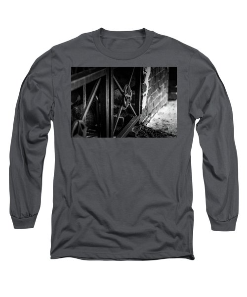 Iron Gate In Bw Long Sleeve T-Shirt