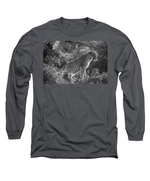 Leopard Sitting Black And White Long Sleeve T-Shirt