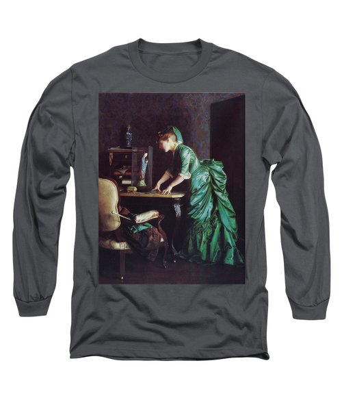 Lizzy Young In Green Long Sleeve T-Shirt
