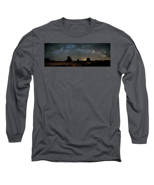 Milky Way Over Monument Valley Long Sleeve T-Shirt