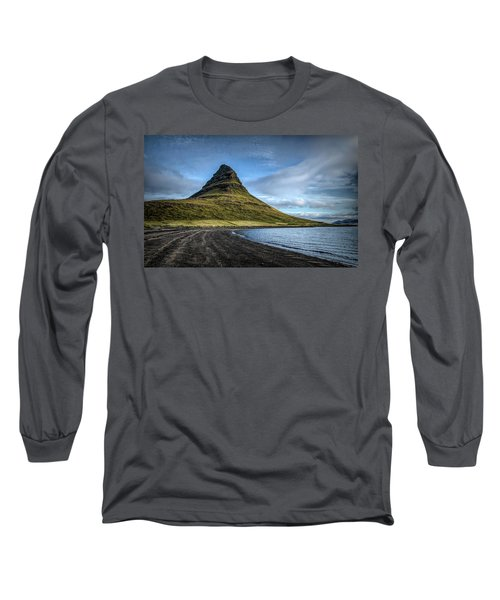 Mt Kirkjufell Long Sleeve T-Shirt