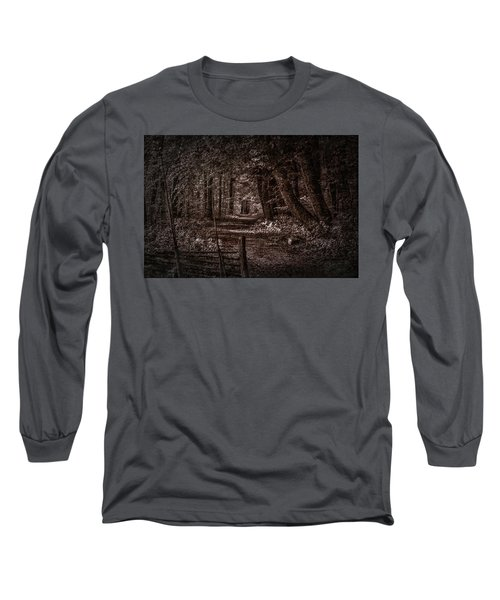 Path In Forest #i0 Long Sleeve T-Shirt