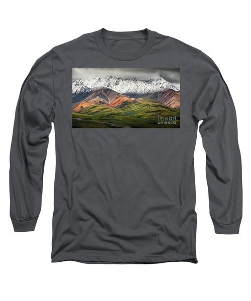 Polychrome Mountain, Denali Np, Alaska Long Sleeve T-Shirt