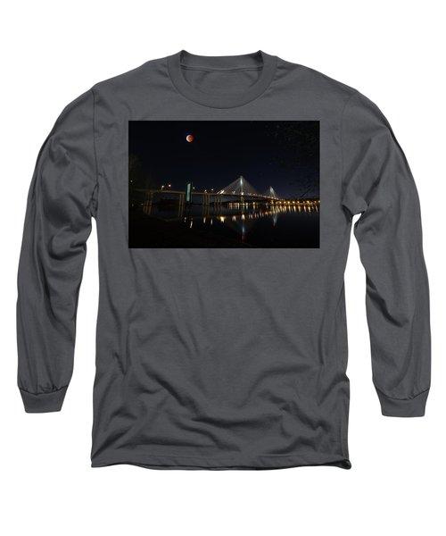 Port Mann Bridge With Blood Moon Long Sleeve T-Shirt