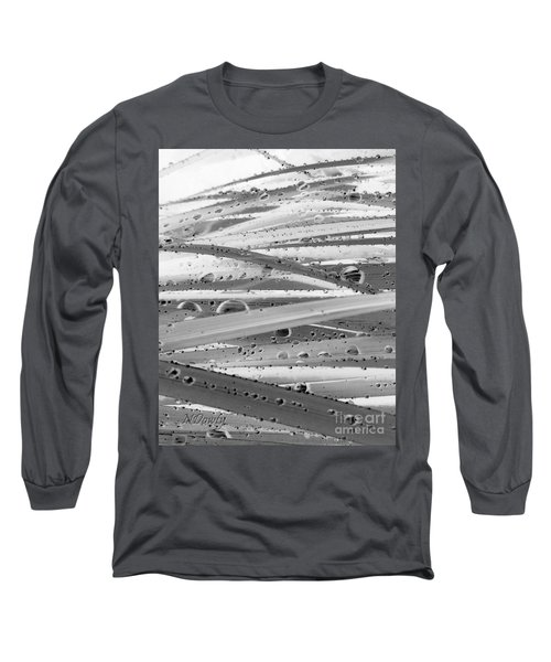 Rain On Siberian Iris Long Sleeve T-Shirt