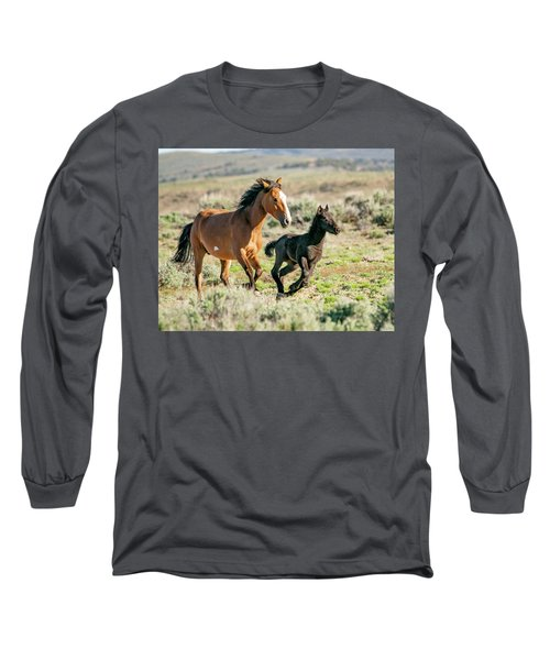 Running Wild Mustangs - Mom And Baby Long Sleeve T-Shirt
