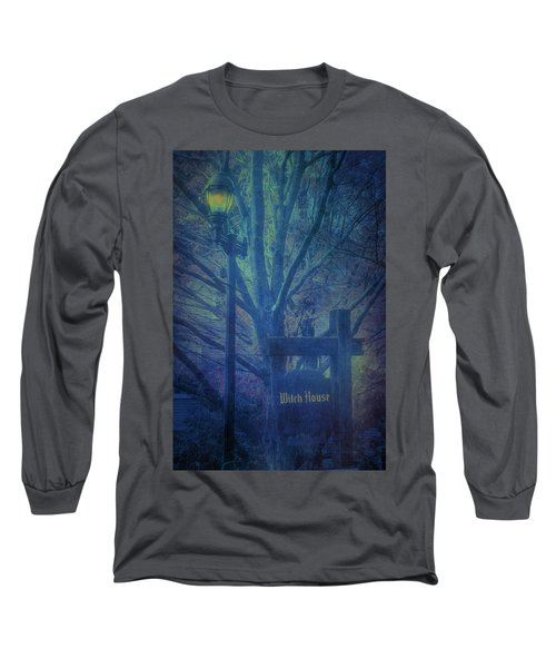 Salem Massachusetts  Witch House Long Sleeve T-Shirt
