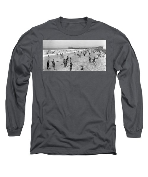 Santa Monica Beach Circa 1920 Long Sleeve T-Shirt
