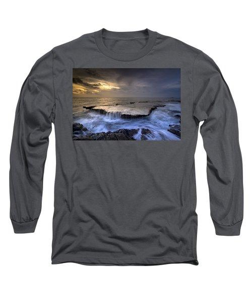 Sea Waterfalls Long Sleeve T-Shirt