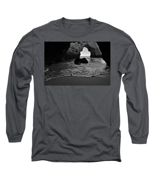 Silky Waves In Monochrome Long Sleeve T-Shirt