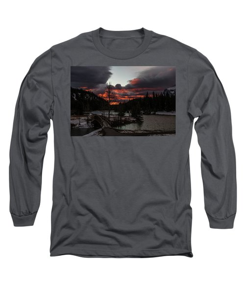 Sunrise Over Cascade Ponds, Banff National Park, Alberta, Canada Long Sleeve T-Shirt