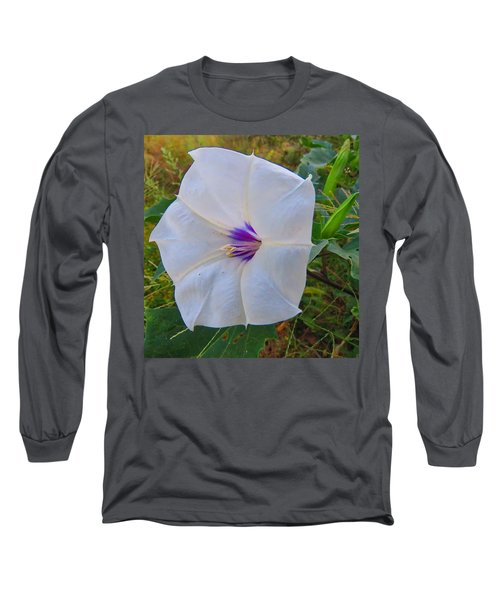 The Perfect Flower - Sacred Datura Long Sleeve T-Shirt