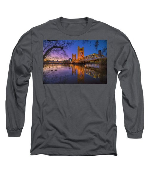 Tower Bridge At Sunrise - 4 Long Sleeve T-Shirt