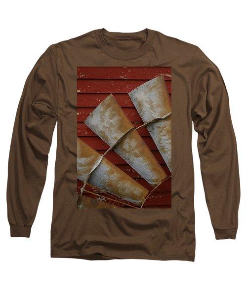 Windfan Leaning Long Sleeve T-Shirt