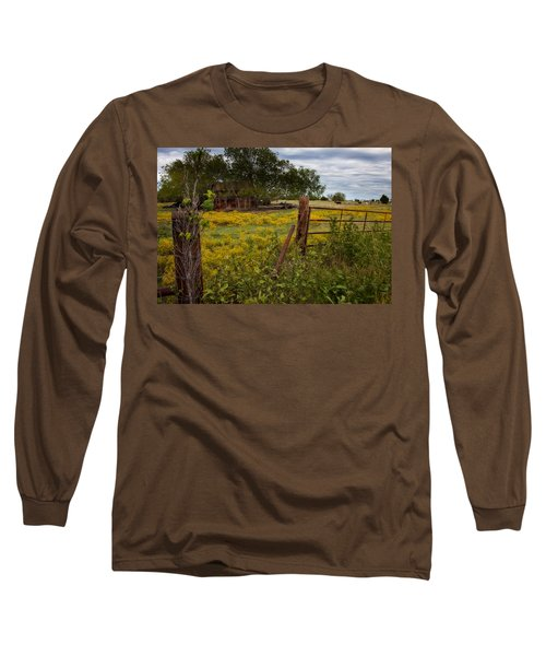 An Old Shed Long Sleeve T-Shirt