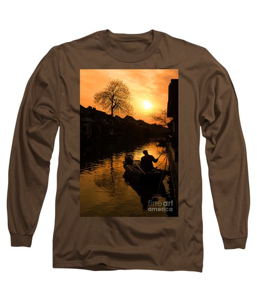 Long Sleeve T-Shirt featuring the photograph Fisherman by Yew Kwang