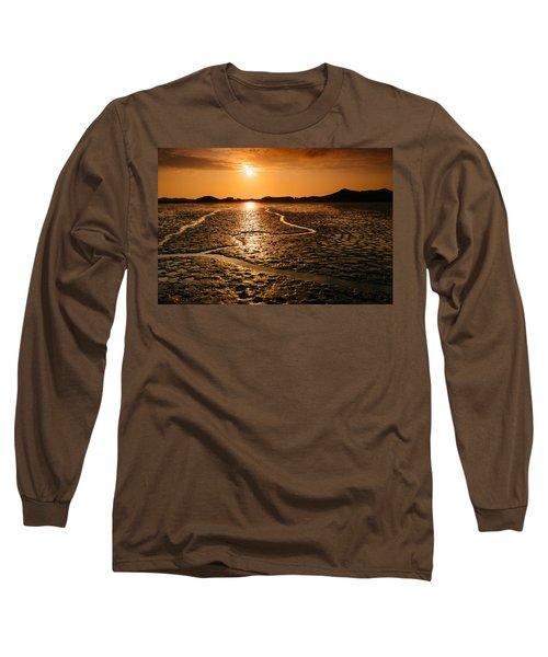 Alien Planet? Long Sleeve T-Shirt