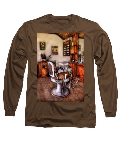 Barber - The Barber Chair Long Sleeve T-Shirt