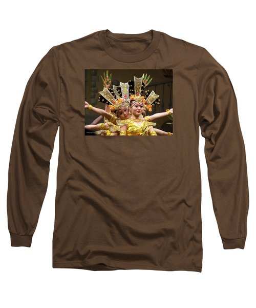 Chinese Dancers Perform Thousand Hands Guan Yin Long Sleeve T-Shirt