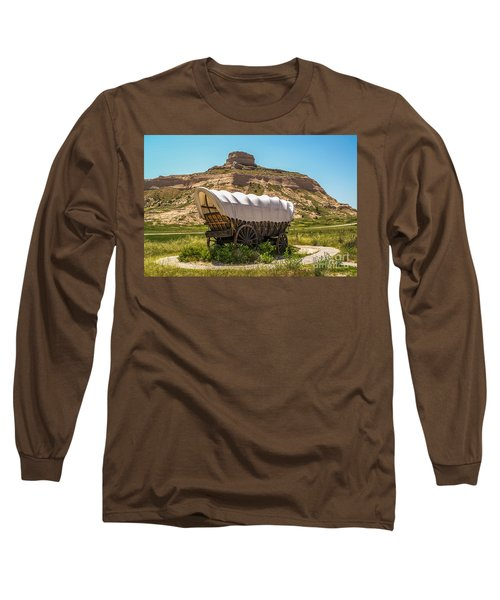 Covered Wagon At Scotts Bluff National Monument Long Sleeve T-Shirt
