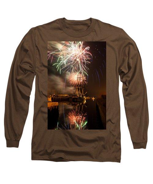Fireworks Exploding Over Salem's Friendship Long Sleeve T-Shirt by Jeff Folger
