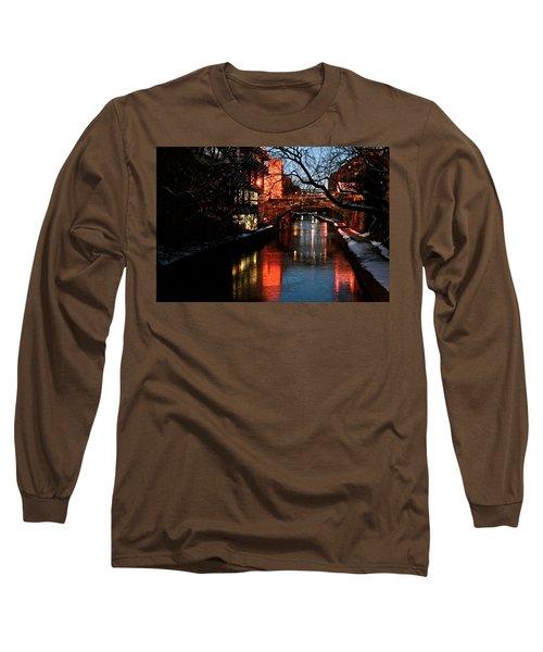 Georgetown Glimmer Long Sleeve T-Shirt