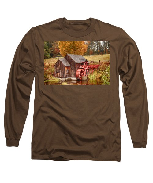 Long Sleeve T-Shirt featuring the photograph Guildhall Grist Mill by Jeff Folger