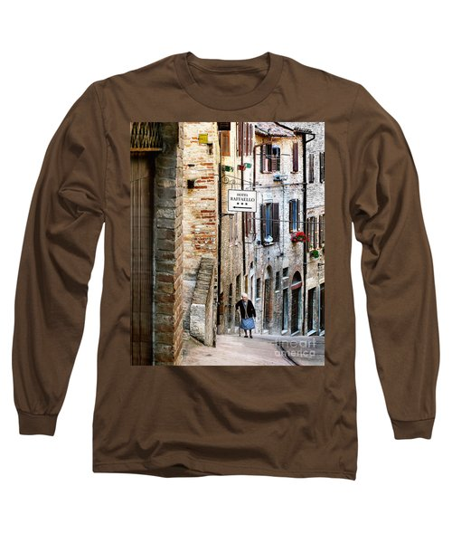 Lady In Urbino Long Sleeve T-Shirt
