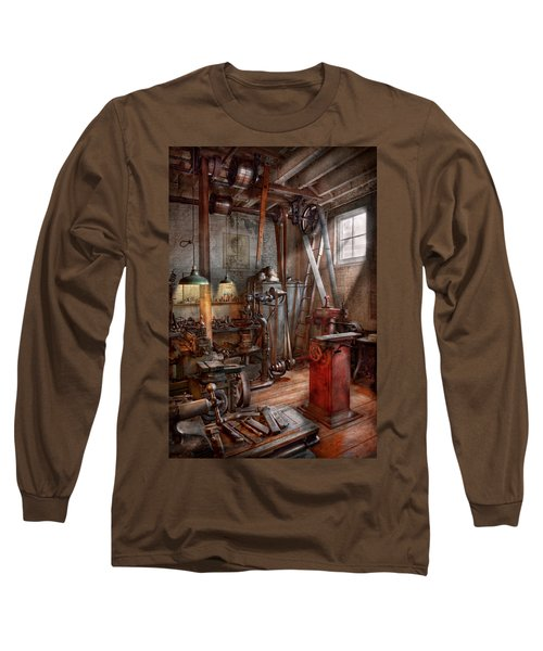 Machinist - The Modern Workshop  Long Sleeve T-Shirt