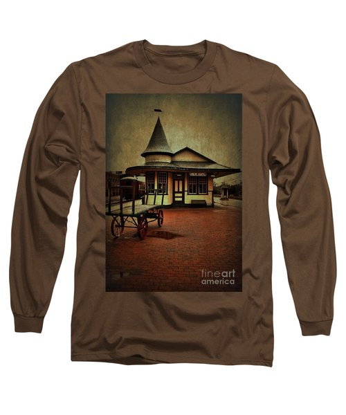 Long Sleeve T-Shirt featuring the photograph New Hope Ivyland Train Station by Debra Fedchin