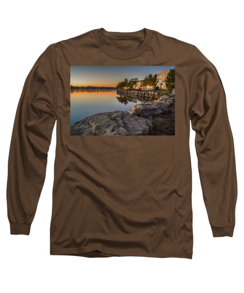 Niagara On The Lake  Long Sleeve T-Shirt