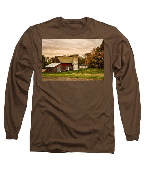 Old Red Barn And Silo Long Sleeve T-Shirt