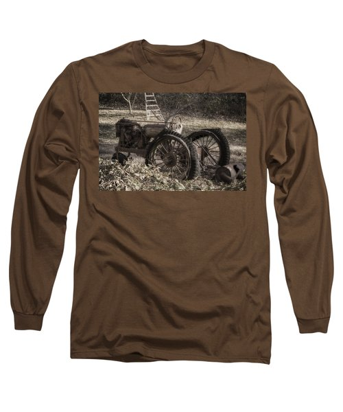 Long Sleeve T-Shirt featuring the photograph Old Tractor by Lynn Geoffroy