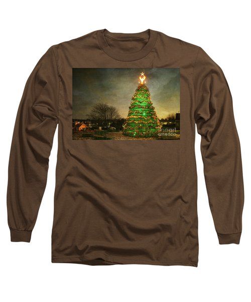 Rockland Lobster Trap Christmas Tree Long Sleeve T-Shirt