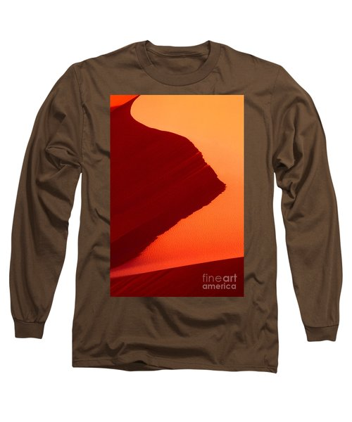 Long Sleeve T-Shirt featuring the photograph Sand Dune Curves Coral Pink Sand Dunes Arizona by Dave Welling