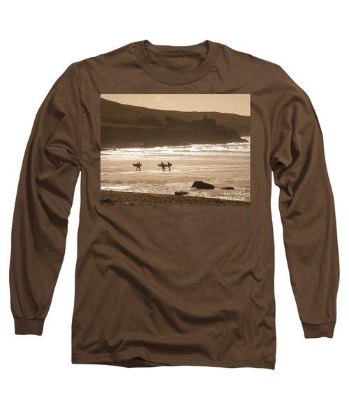 Surfers On Beach 02 Long Sleeve T-Shirt